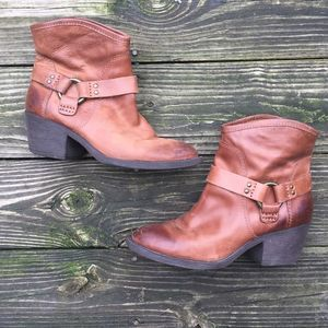 Lucky Brand LK Bambi Brown Ankle Boots